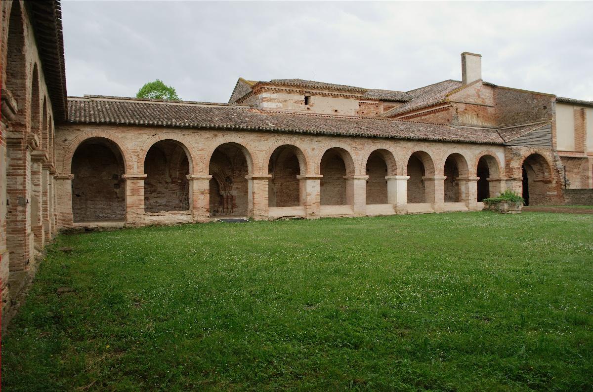L'abbaye de Belleperche