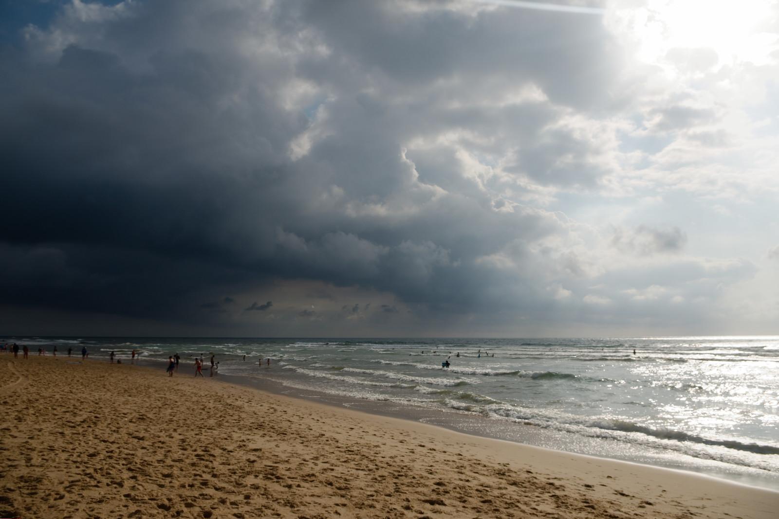 Ciel contrasté sur la plage de Vieux-Boucau-les-Bains